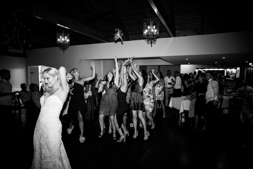 ava-me-photography-jade-simon-loxley-bellbird-hill-kurrajong-heights-wedding-1027