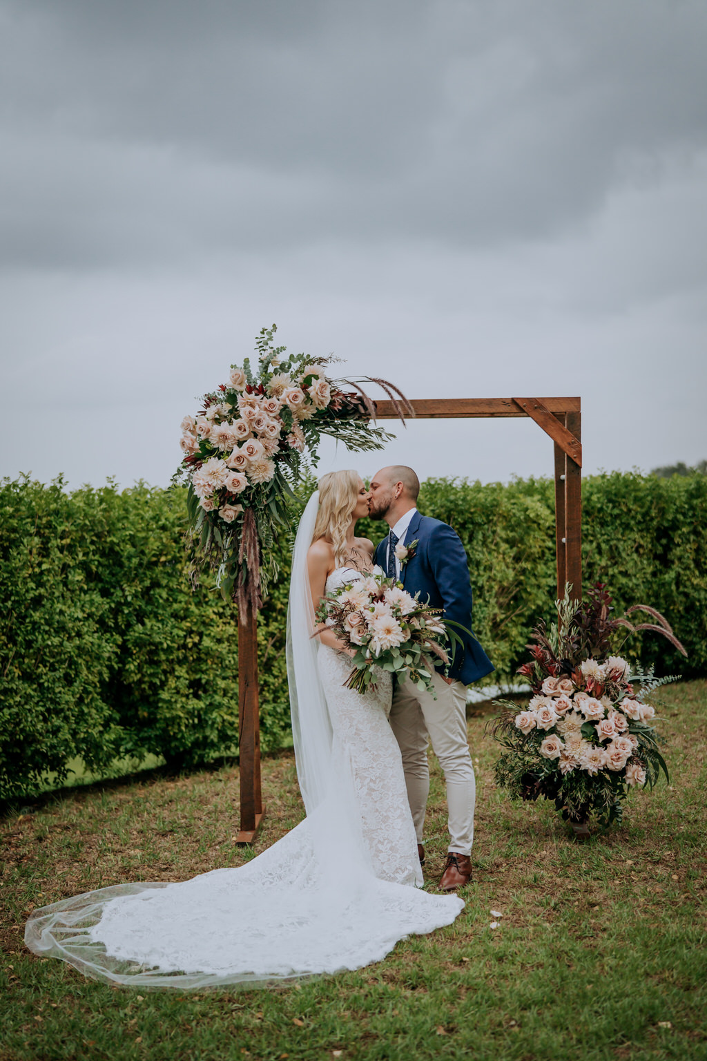 ava-me-photography-jade-simon-loxley-bellbird-hill-kurrajong-heights-wedding-609
