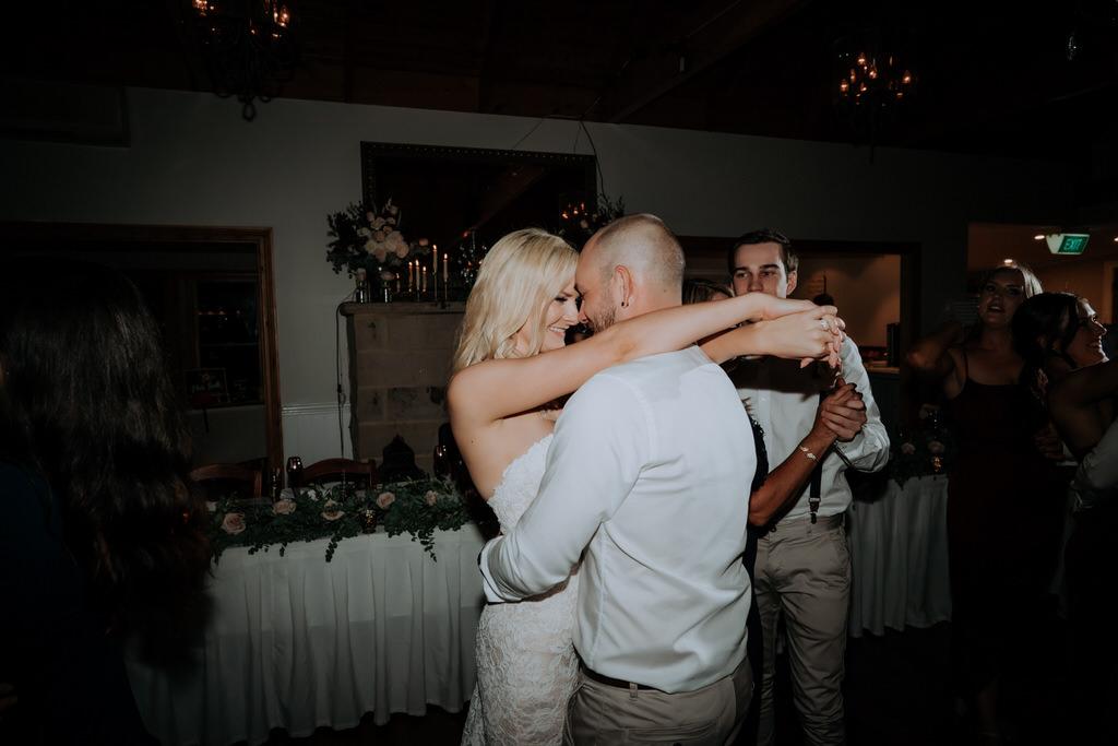 ava-me-photography-jade-simon-loxley-bellbird-hill-kurrajong-heights-wedding-985