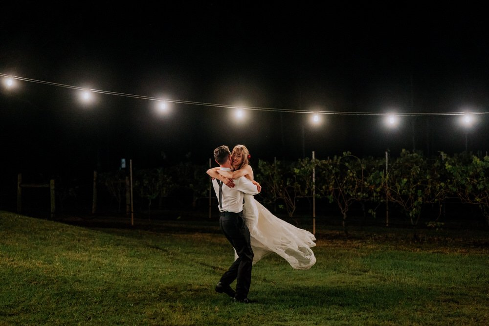 ava-me-photography-alice-brody-enzo-hunter-valley-ironbark-hill-vineyard-drayton-wines-wedding-939