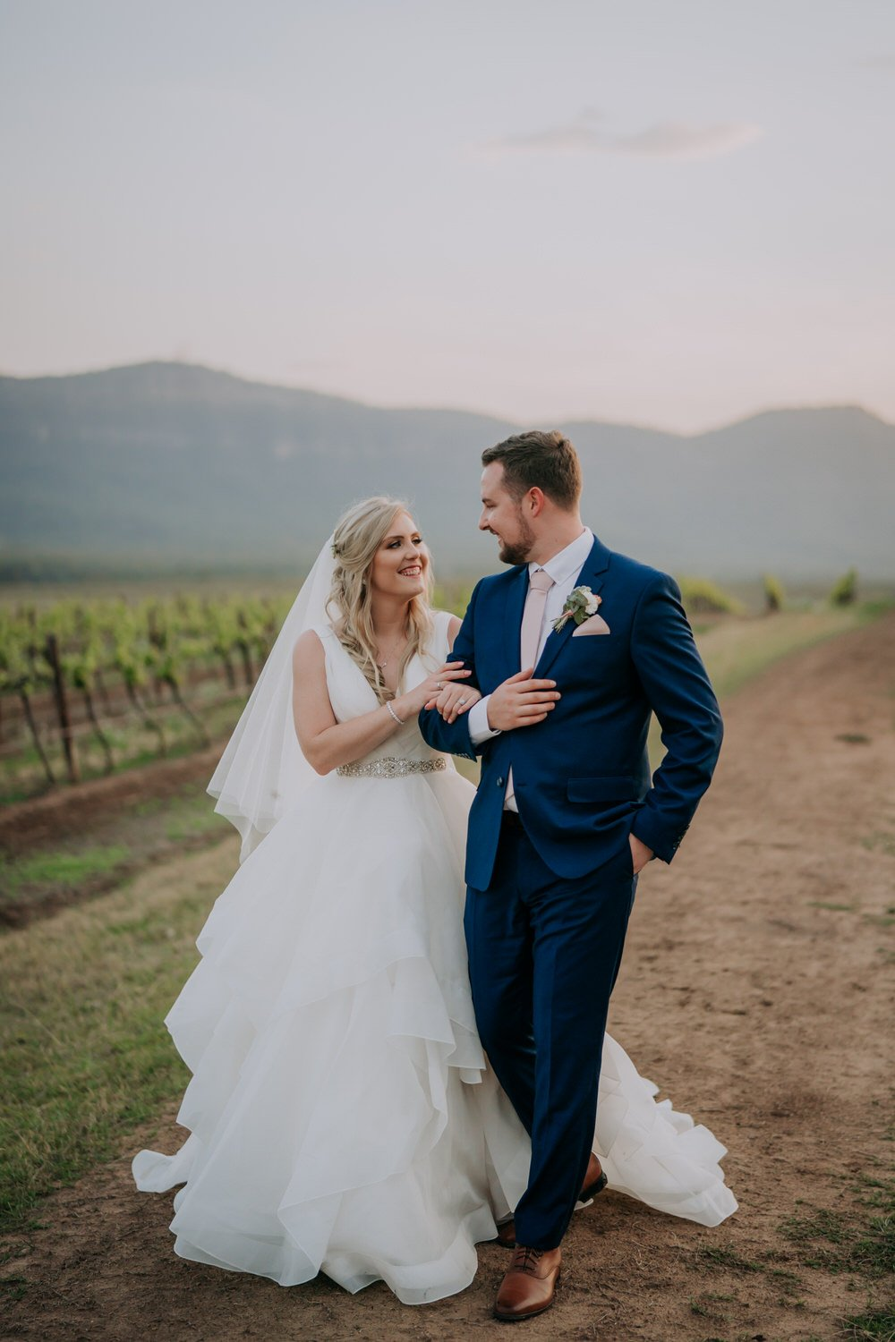 ava-me-photography-chantel-andreas-enzo-hunter-valley-ironbark-hill-vineyard-wedding-719-2