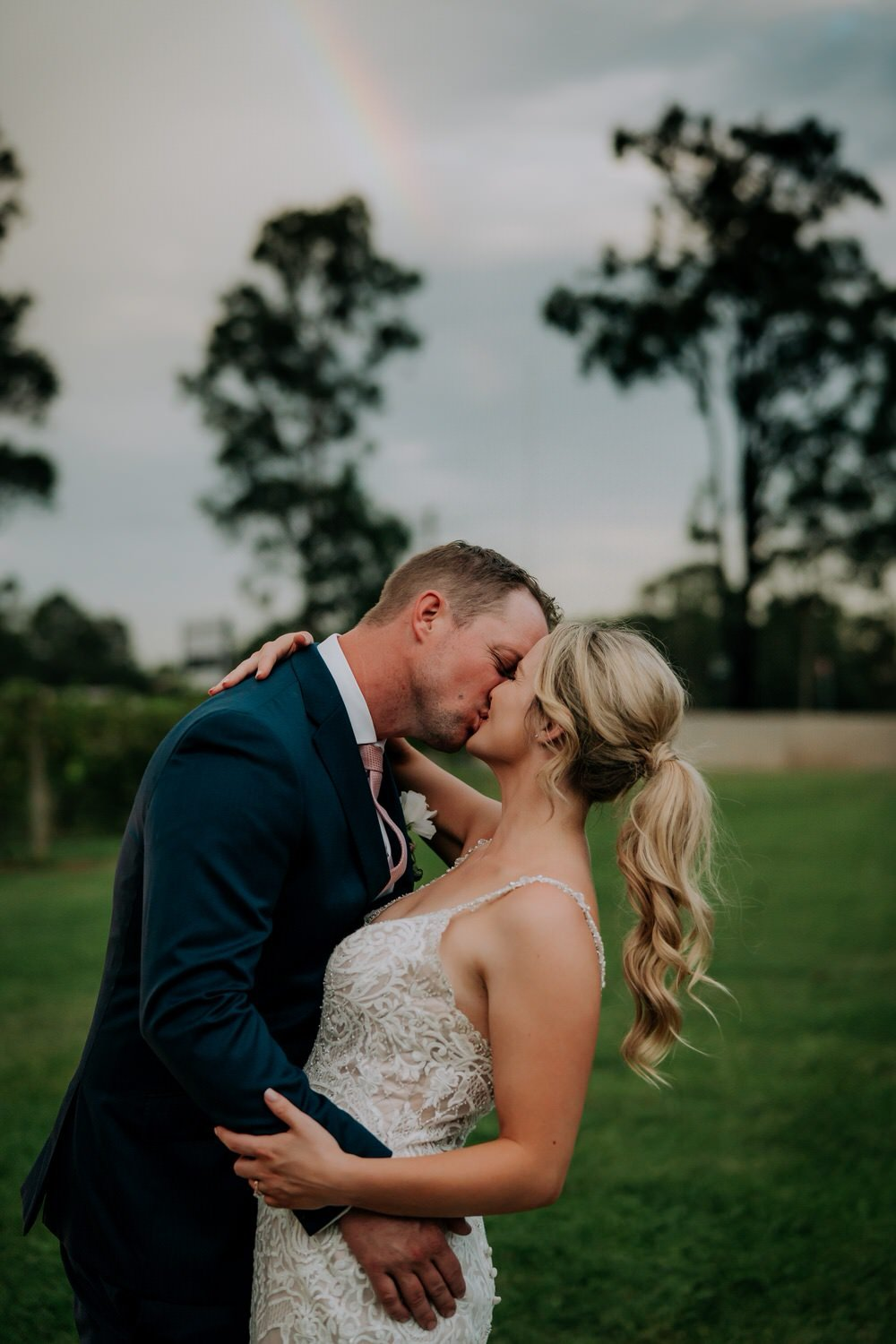 ava-me-photography-maddy-wayne-enzo-hunter-valley-ironbark-hill-vineyard-drayton-wines-wedding-632-1