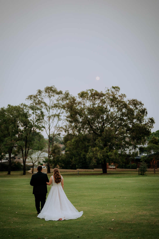 ava-me-photography-megan-isaac-oatlands-house-wedding-1-1