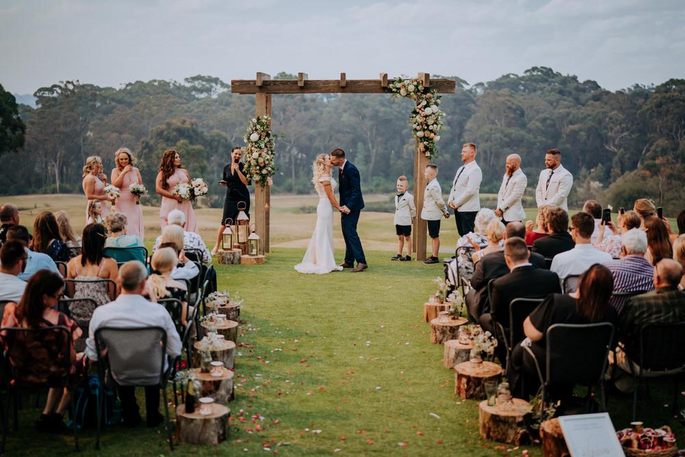 ava-me-photography-tanjhena-nick-the-springs-peats-ridge-wedding-138