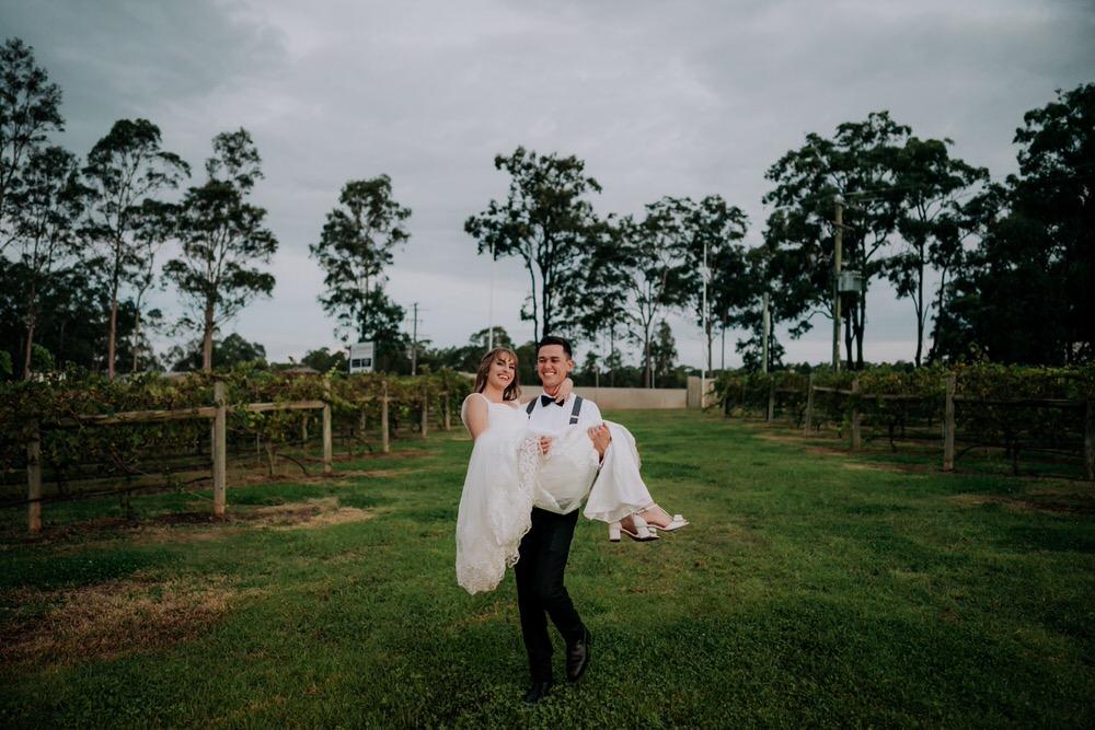 ava-me-photography-alice-brody-enzo-hunter-valley-ironbark-hill-vineyard-drayton-wines-wedding-670