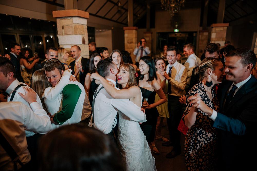 ava-me-photography-alice-brody-enzo-hunter-valley-ironbark-hill-vineyard-drayton-wines-wedding-918