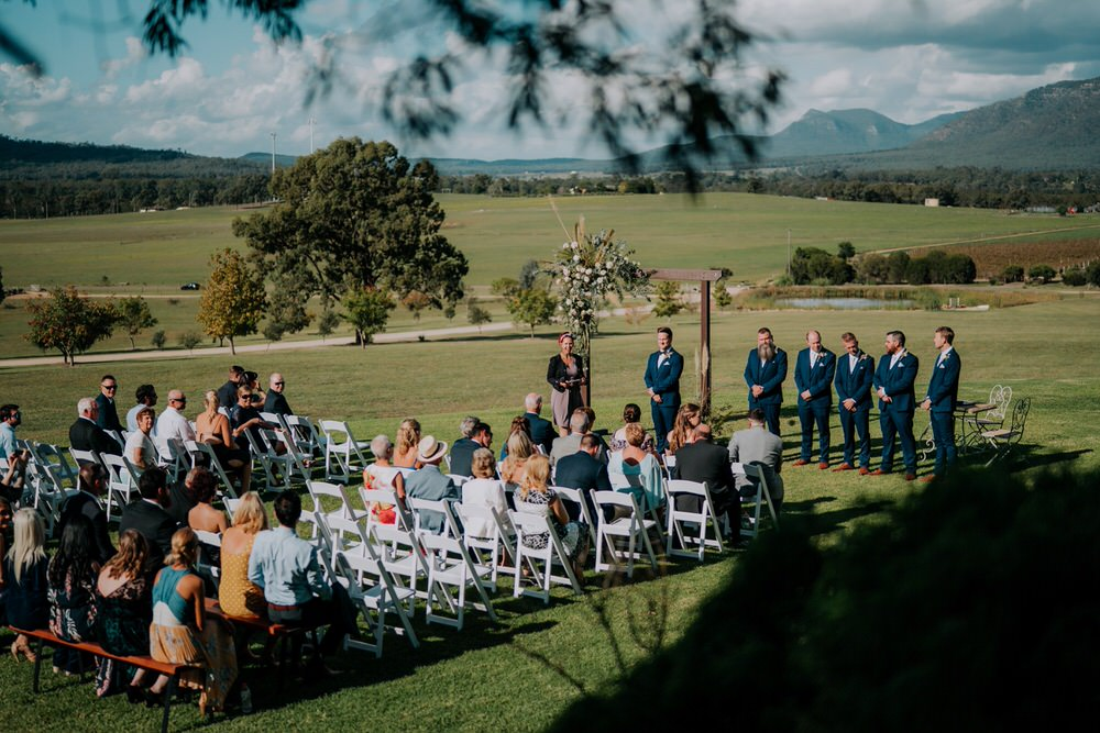 ava-me-photography-ange-andy-adams-peak-country-estate-barn-hunter-valley-broke-wedding-277