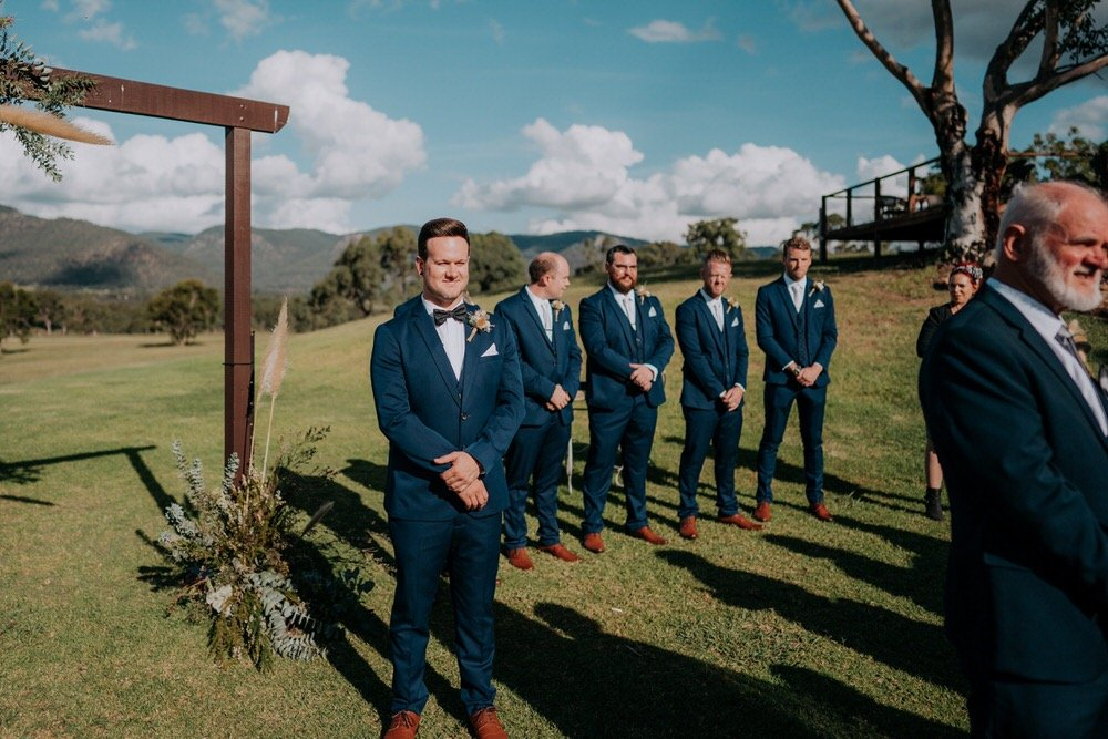ava-me-photography-ange-andy-adams-peak-country-estate-barn-hunter-valley-broke-wedding-306