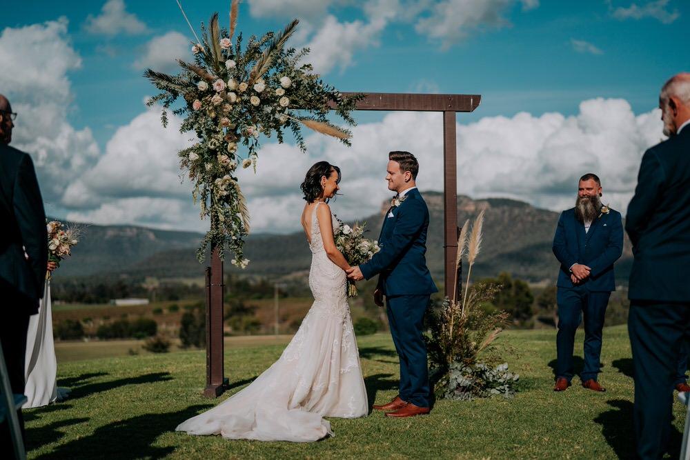 ava-me-photography-ange-andy-adams-peak-country-estate-barn-hunter-valley-broke-wedding-310