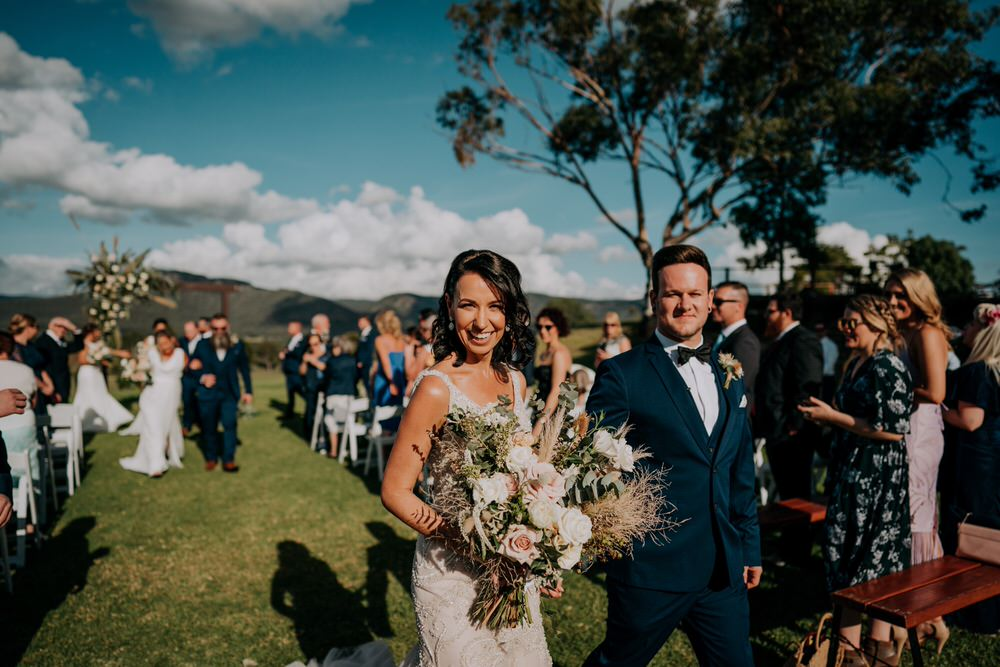 ava-me-photography-ange-andy-adams-peak-country-estate-barn-hunter-valley-broke-wedding-418