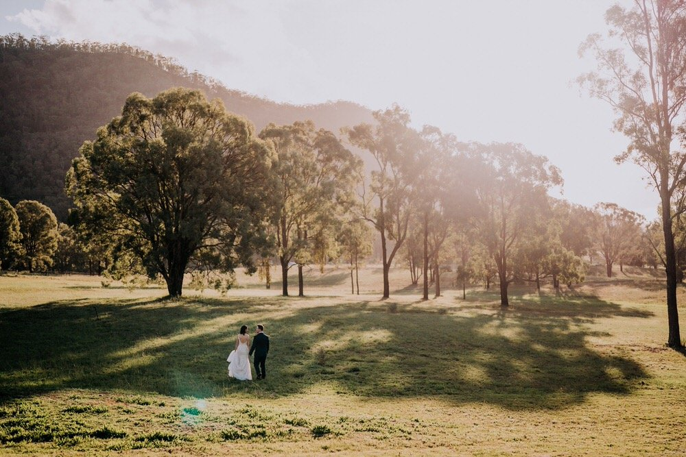 ava-me-photography-ange-andy-adams-peak-country-estate-barn-hunter-valley-broke-wedding-558