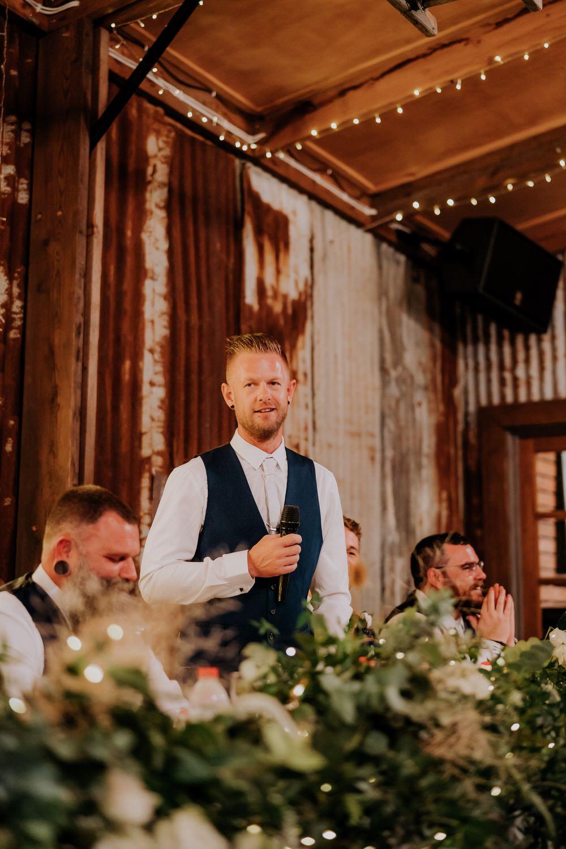 ava-me-photography-ange-andy-adams-peak-country-estate-barn-hunter-valley-broke-wedding-850