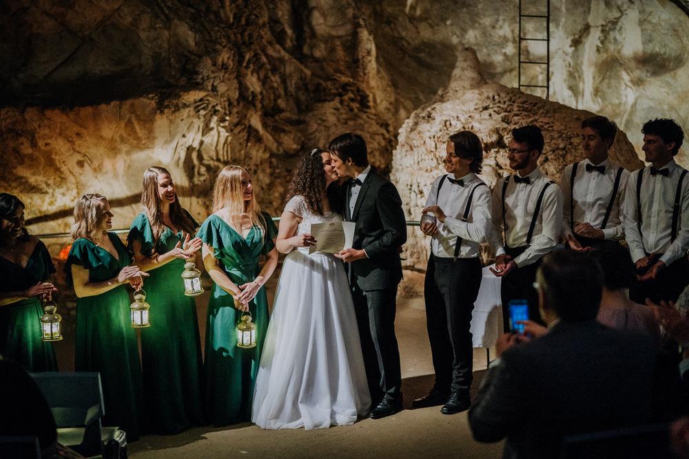 bianca-paul-jenolan-caves-house-408-1