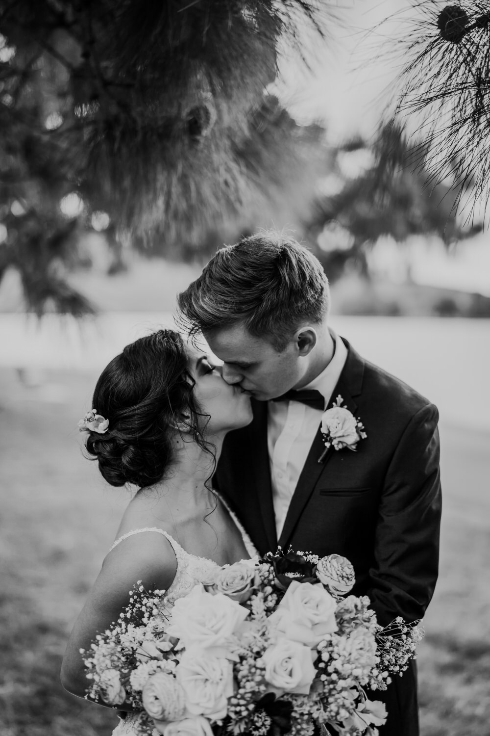 ava-me-photography-chelisa-james-canberra-boat-house-the-chapel-gold-creek-wedding-367