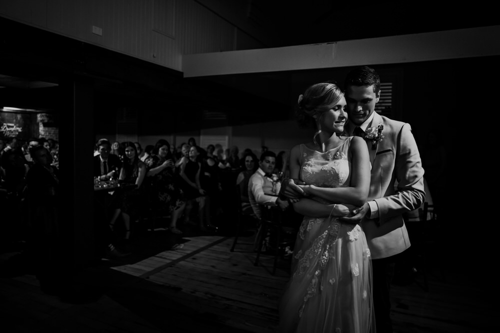 ava-me-photography-genevieve-mitch-breakfast-point-community-hall-settlers-mulgoa-wedding-686
