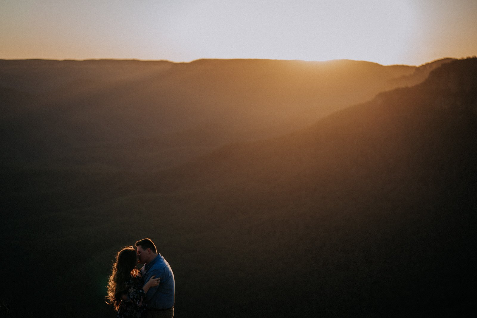 ava-me-photography-megan-isaac-engagenent-lincolns-rock-wentworth-falls-blue-mountains-30
