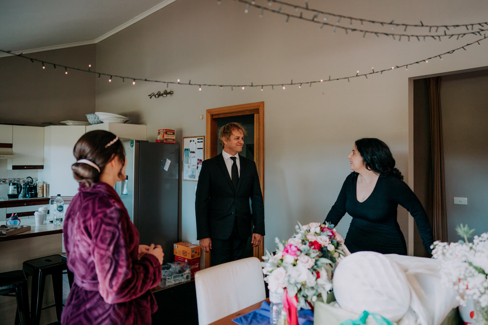 ava-me-photography-mikaela-jesse-loxley-on-bellbird-hill-kurrajong-hills-blue-mountains-wedding-20