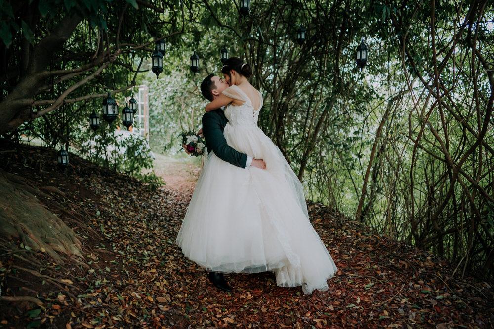 ava-me-photography-mikaela-jesse-loxley-on-bellbird-hill-kurrajong-hills-blue-mountains-wedding-545