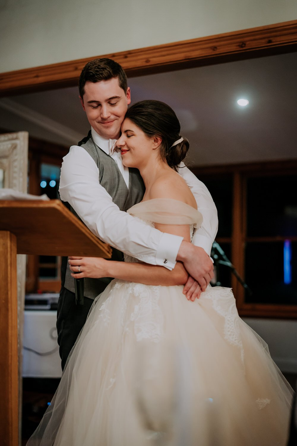 ava-me-photography-mikaela-jesse-loxley-on-bellbird-hill-kurrajong-hills-blue-mountains-wedding-846