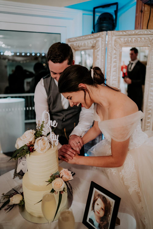 ava-me-photography-mikaela-jesse-loxley-on-bellbird-hill-kurrajong-hills-blue-mountains-wedding-852