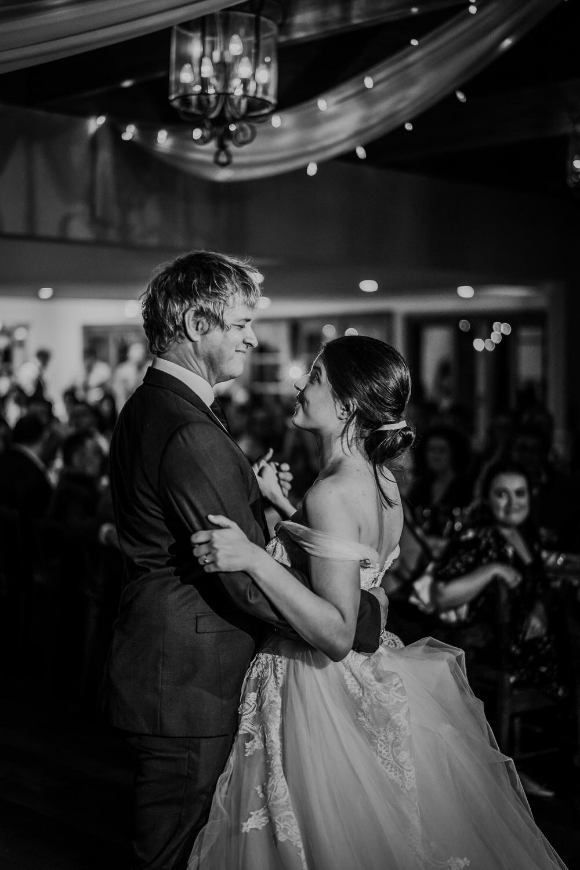 ava-me-photography-mikaela-jesse-loxley-on-bellbird-hill-kurrajong-hills-blue-mountains-wedding-877