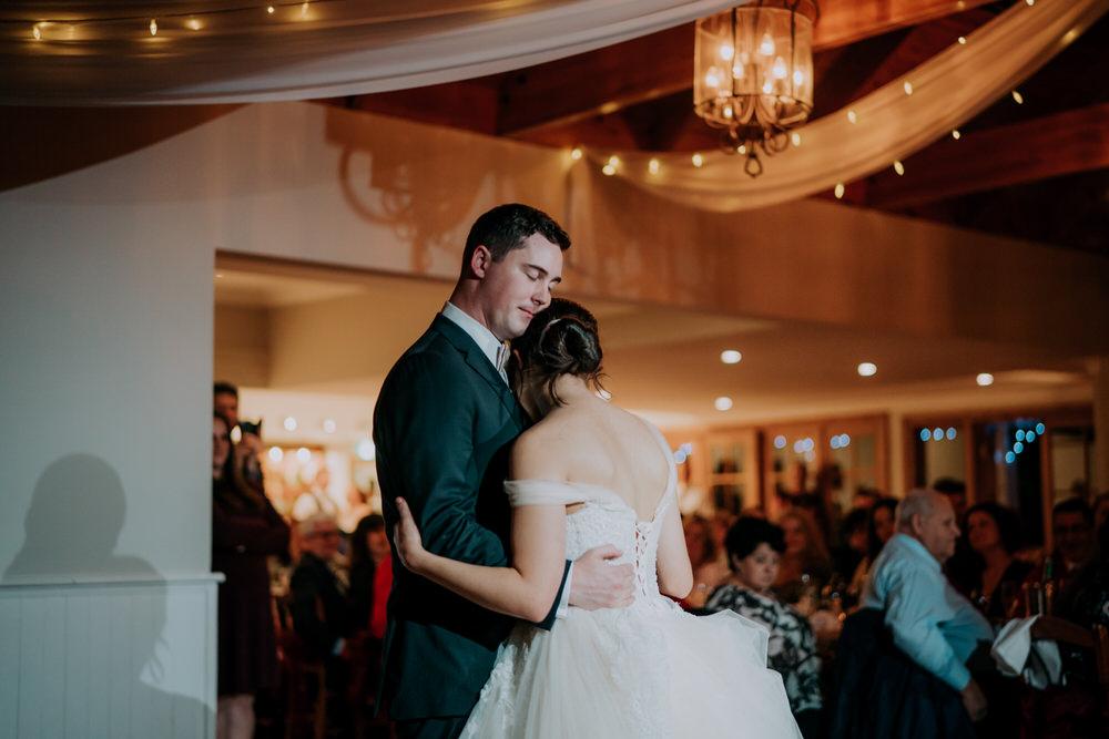 ava-me-photography-mikaela-jesse-loxley-on-bellbird-hill-kurrajong-hills-blue-mountains-wedding-903