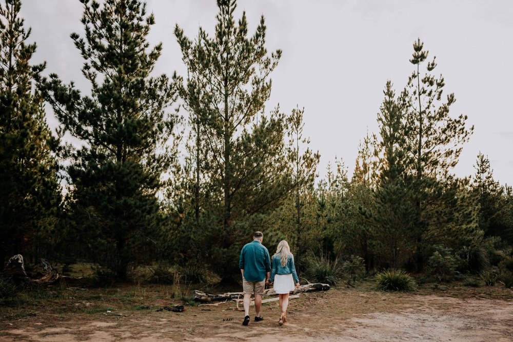 ava-me-photography-morgan-nick-engagement-penrose-state-forest-11