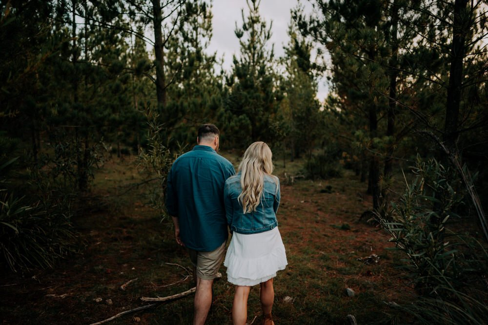 ava-me-photography-morgan-nick-engagement-penrose-state-forest-12