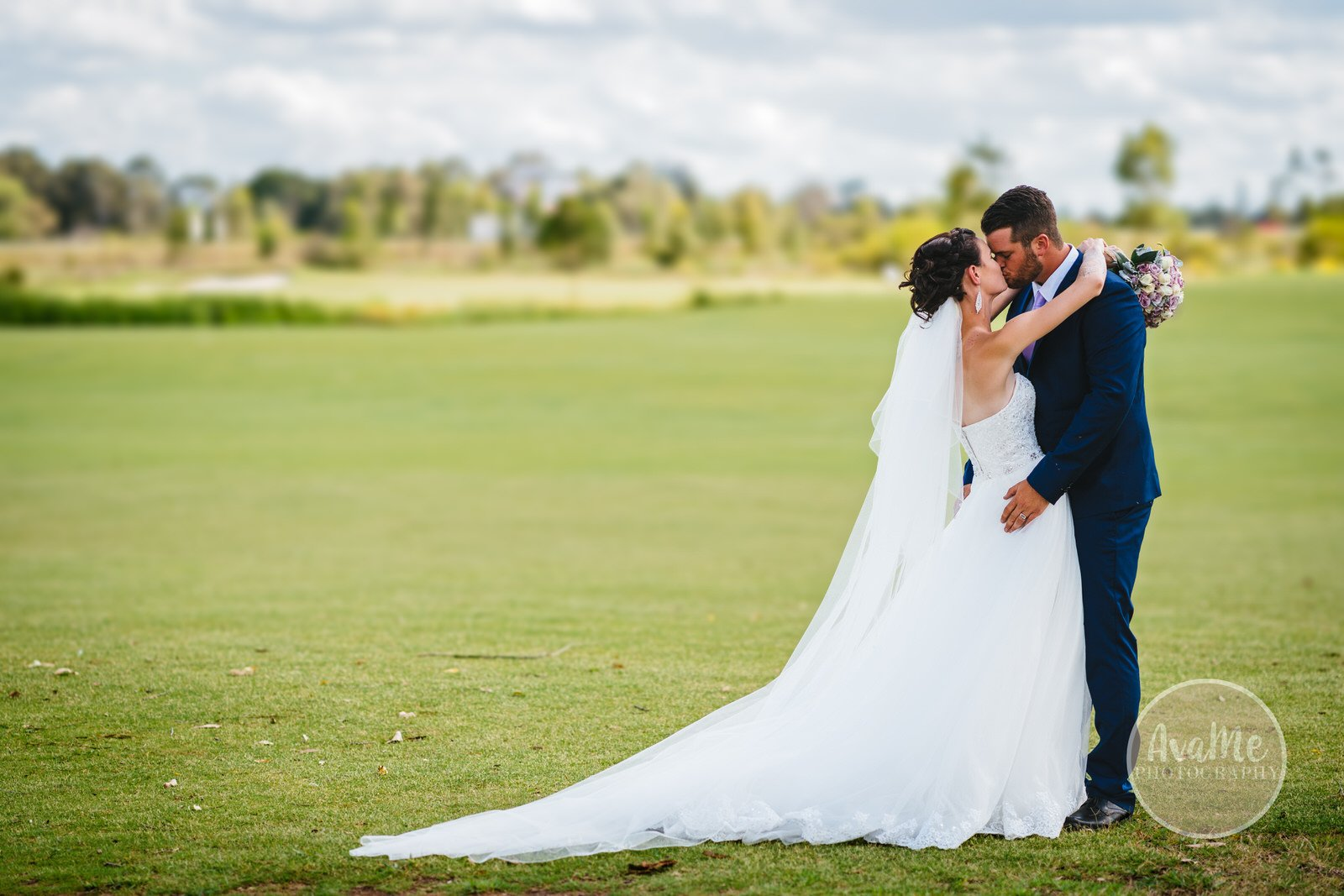 nat-josh-stonecutters-golf-club-wedding-colebee-104