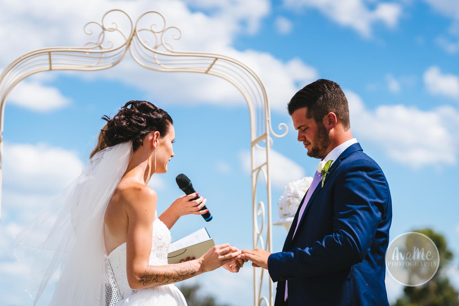 nat-josh-stonecutters-golf-club-wedding-colebee-069