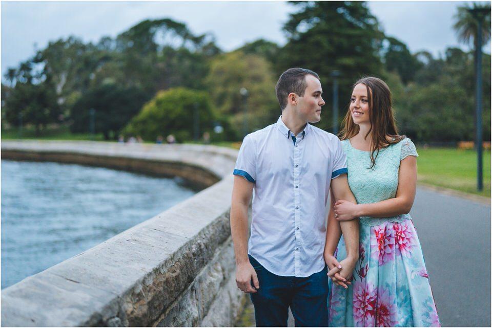 rachel-jacob-botanic-gardens-sydney-engagement-23_blog-2