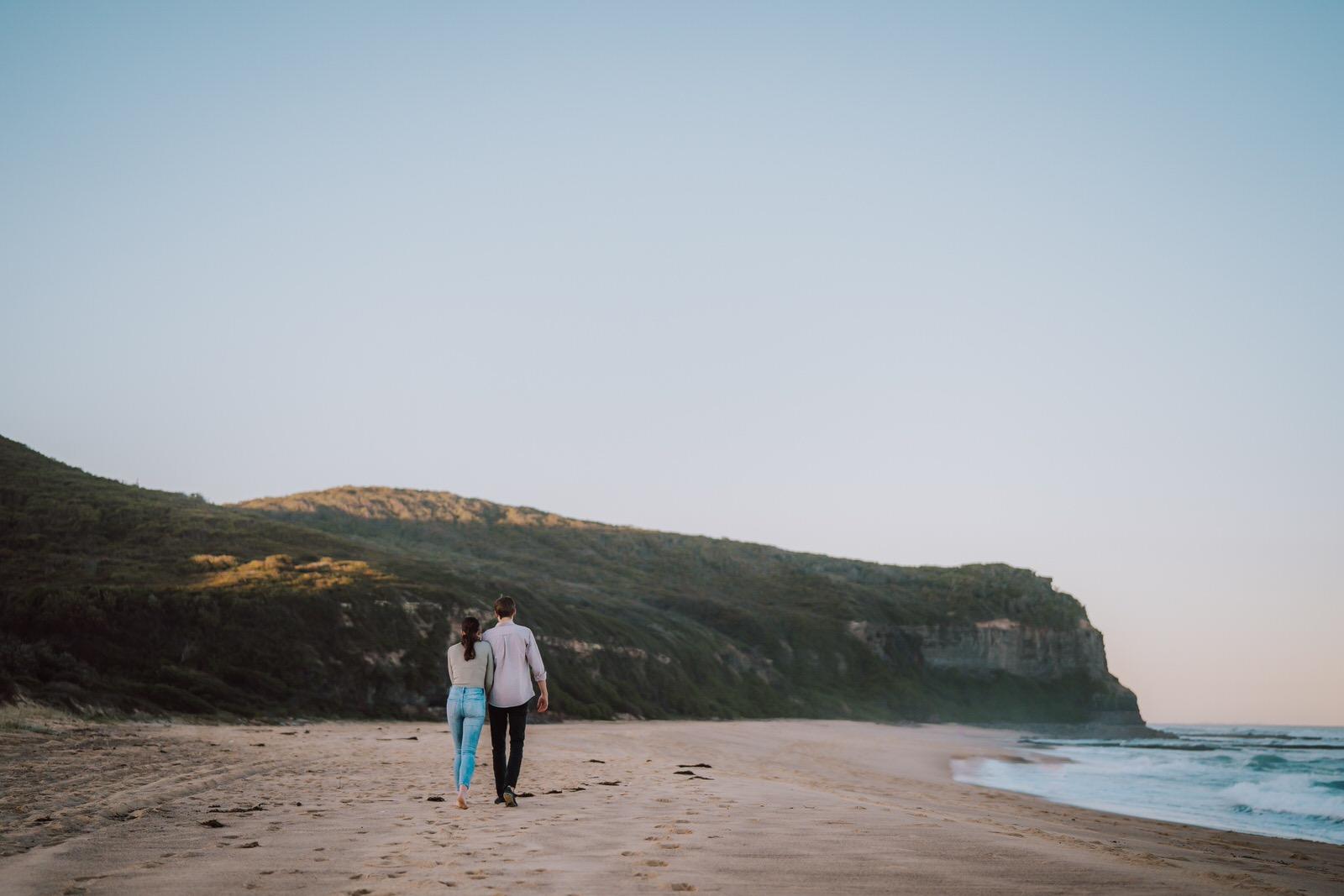 samantha-mitchell-dudley-beach-newcastle-engagement-17