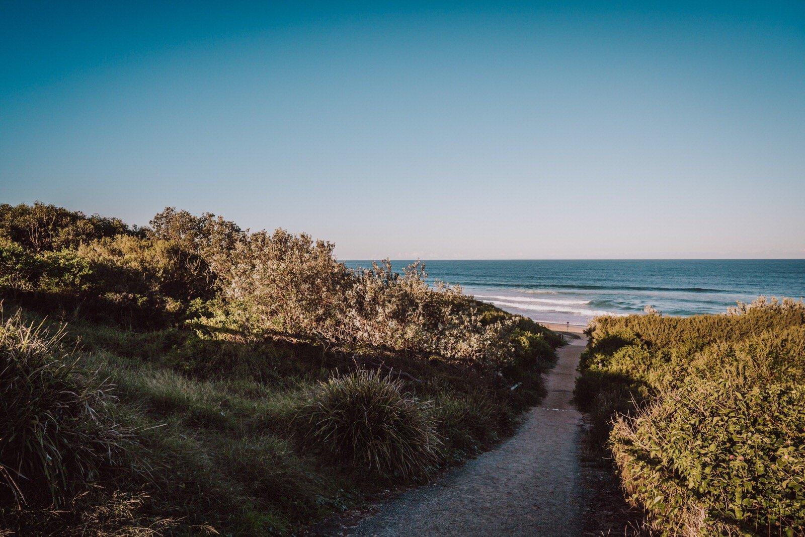 samantha-mitchell-dudley-beach-newcastle-engagement-2